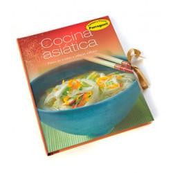 Cocina asiática. Platos de aromas y sabores exóticos.