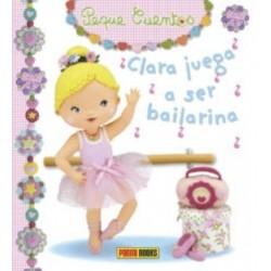 Clara juega a ser bailarina
